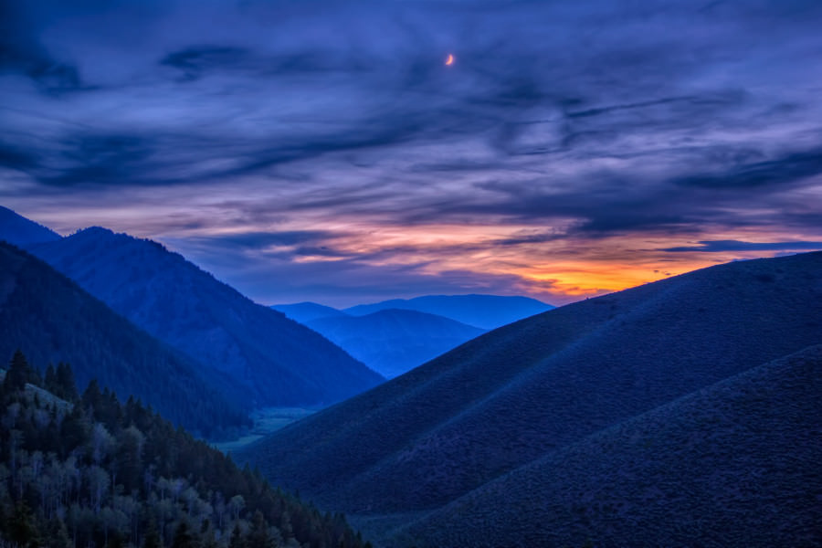 Mark Epstein Photo | Cresent Moon Over the Hook Draw Ranch